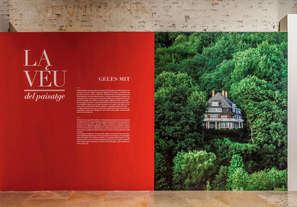 Expo 'la voz del paisaje' 2017. Foto: Juan Peiro. Impresión y montaje: Estudio Paco Mora