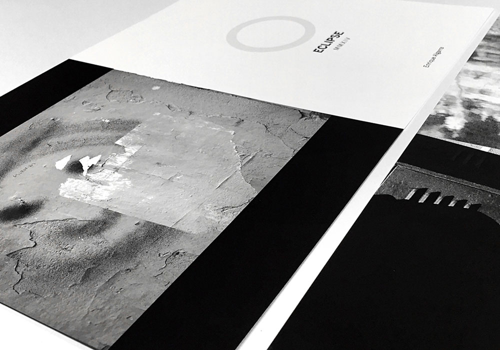 Enrique Algarra. 'Eclipse'. Libro de fotografía. Foto: Estudio Paco Mora ©